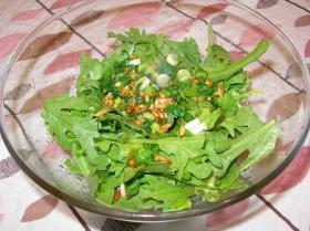生の春菊が美味しい!簡単サラダ♪