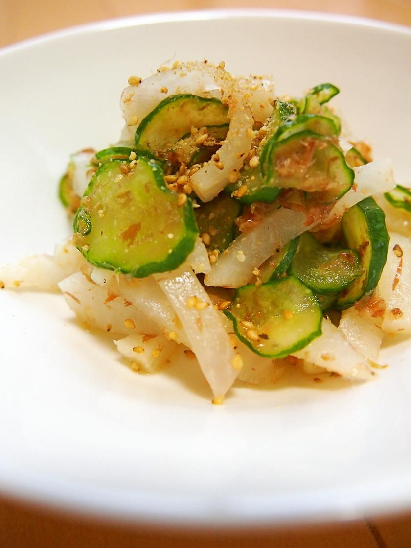 副菜に☆簡単♪漬物・胡瓜・鰹節のゴマ和え