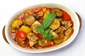 簡単☆お野菜たっぷり♪鶏肉のラタトゥイユ