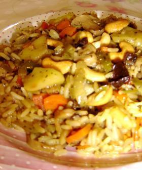 ベジタリアン風野菜味噌ドライカレーライス