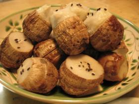 これ以上カンタンな里芋料理はありません!こぶたのゴハン の「きぬかつぎ」