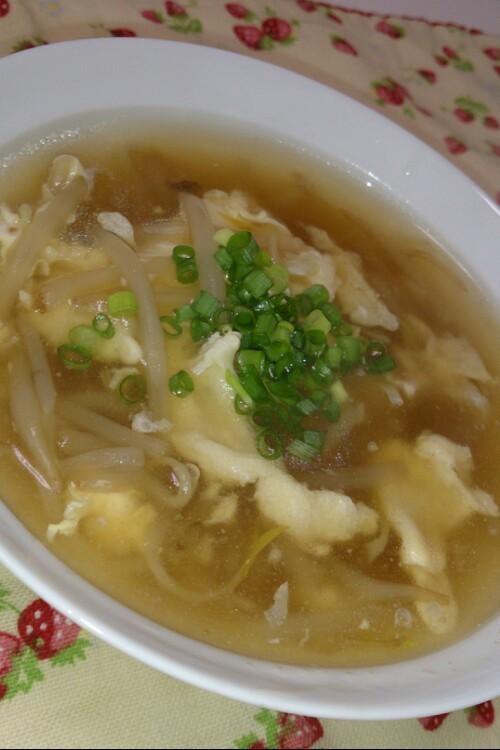 簡単!!大人気とろとろ卵中華もやしスープ