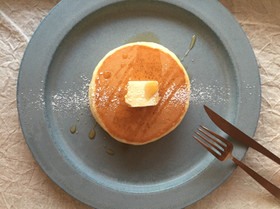 シンプルがおいしいホットケーキ