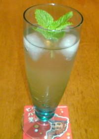 梅酒ジュレとウィスキーのカクテル