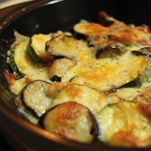 トマト ナス チーズ 焼き の と 【おつまみ】トマトとナスのチーズ焼き
