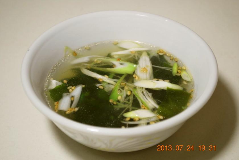 簡単♪ 中華若布スープ
