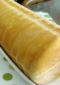 サクサク☆パイ生地入りトヨ型食パン♪