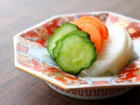 超簡単!液体塩こうじで野菜の浅漬け