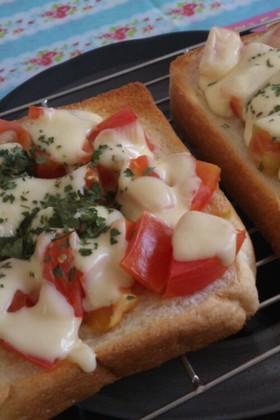 トマト&チーズトースト