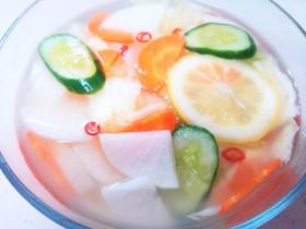 汁ごと味わう☆大根と梨の水キムチ