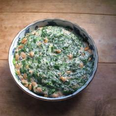 モロヘイヤ納豆に擂りゴマとごま油