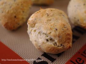 クイックブレッド☆セサミの簡単パン