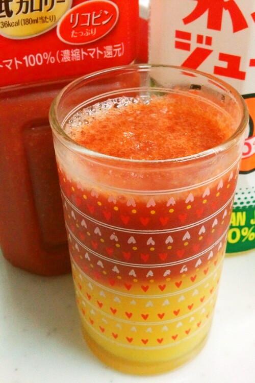 簡単カクテル気分♪トマトオレンジジュース