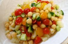 ひよこ豆のコロコロサラダ