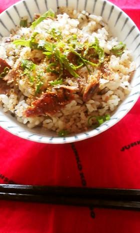 海苔とサンマ缶の料亭風手抜き炊き込みご飯