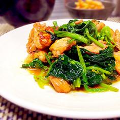 簡単♡鶏もも肉とほうれん草のしょうゆ炒め
