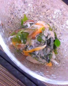 海藻サラダのくるみ酢味噌