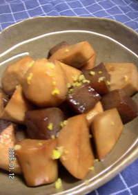 里芋とこんにゃくの煮っころがし