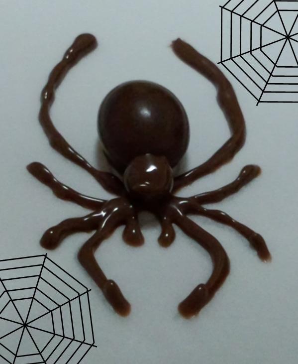 ハロウィンにも♪チョコで蜘蛛