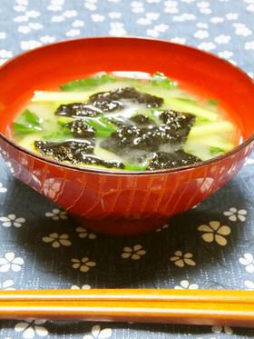 小松菜と海苔の味噌汁