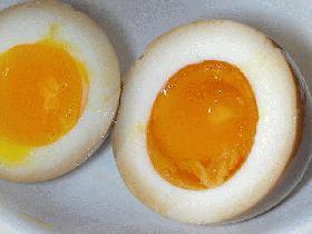 黄身がトロトロウマーな味付け半熟卵★