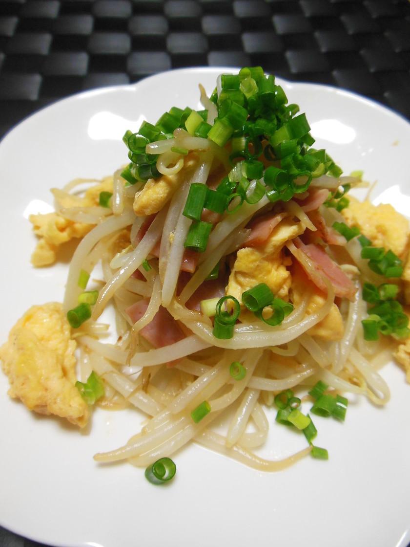 簡単✿もやしベーコン卵炒め