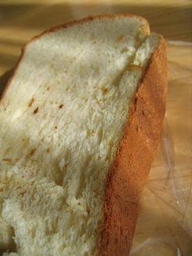パネトーネマザーで ふんわり食パン