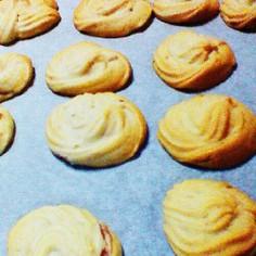 *ジャム入り絞り出しクッキー*