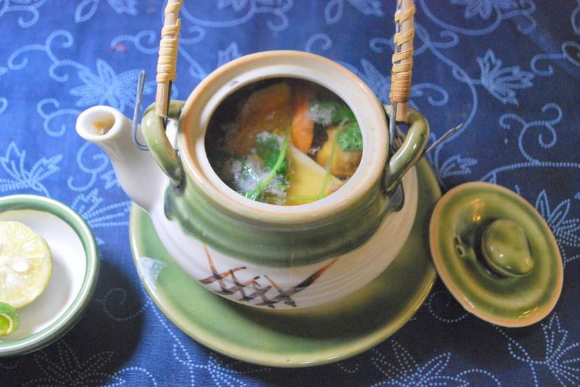 だし汁の味が決め手、基本の松茸の土瓶蒸し