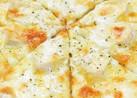 クワトロフォルマッジ(4種のチーズピザ)