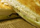 サラダチキンときゅうりのサンドイッチ