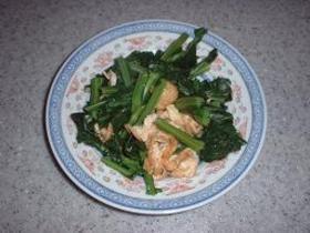 冷凍保存した青菜と油揚げの炒め物