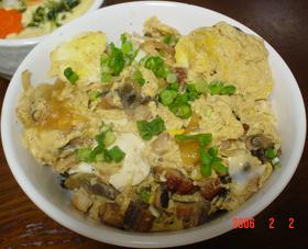 うなぎの卵とじ丼