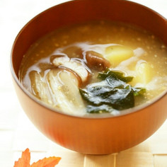 繊維質食材を食すお味噌汁✾