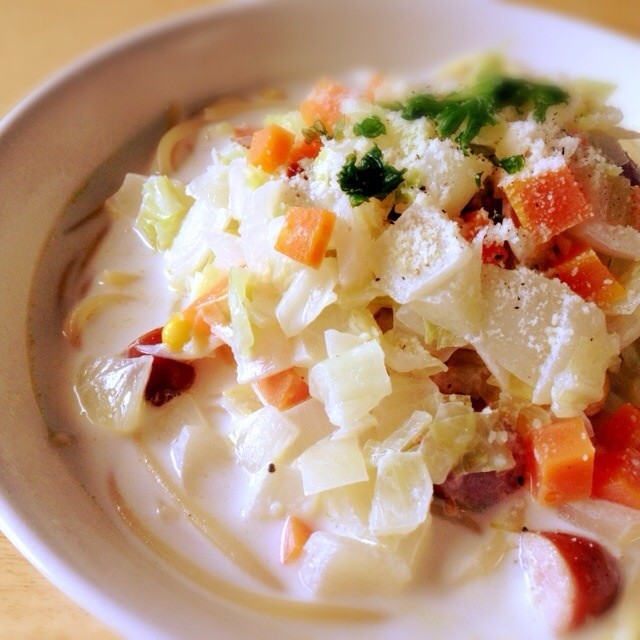 野菜たっぷり☆簡単!ミルクスープパスタ