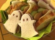 ハロウィン☆紫芋のオバケサンドの写真