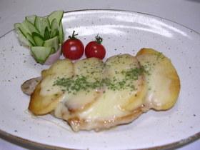簡単♪美味しい 豚とリンゴのチーズ焼き