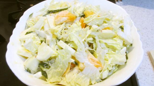 白菜と柿の甘酸っぱーいサラダ