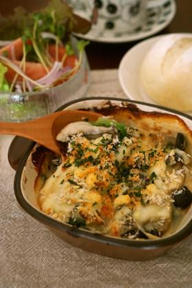 牡蠣とほうれん草の豆乳白味噌グラタン