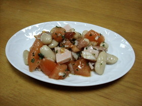 豆とトマトのマリネ