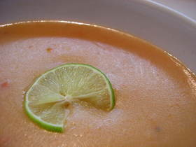 春色トマトスープ