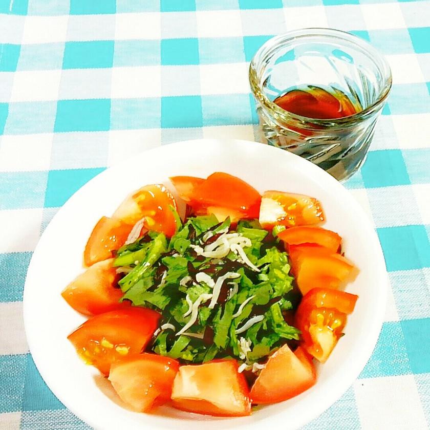 ひじきと菊菜(春菊)・トマトのサラダ♪