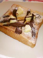 チーズ&チョコ☆スイーツトーストの写真