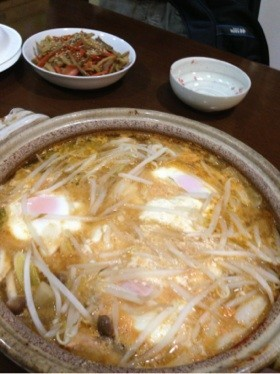 おぼろ豆腐のチゲ鍋