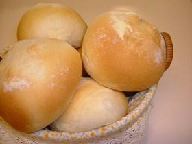 ふわふわのお食事パン