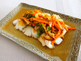 真鱈の野菜たっぷり甘酢あんかけ