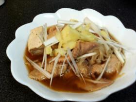 鳥皮の味噌スープ
