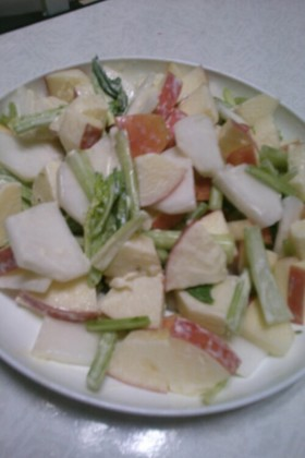 かぶりんごのマヨサラダ