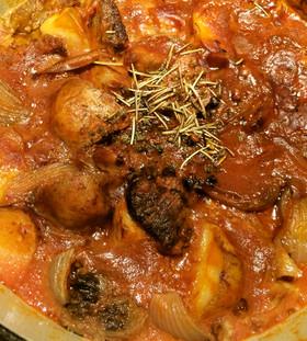 マルミタコ(マグロのトマト煮込み)