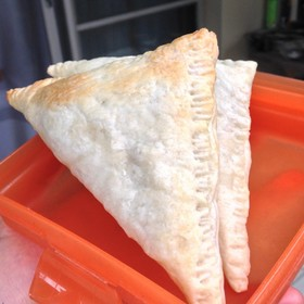 弁当に便利な簡単自家製チキンパイ